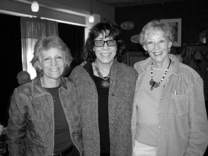 Actress and elephant activist Lily Tomlin with Alyne and Nancy. (Photo courtesy FoWPZE.)