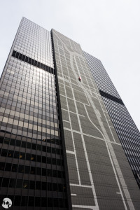 300 S Wacker (1971) - A. Epstein & Sons. Updated in 2014 to include giant mural of Chicago River.